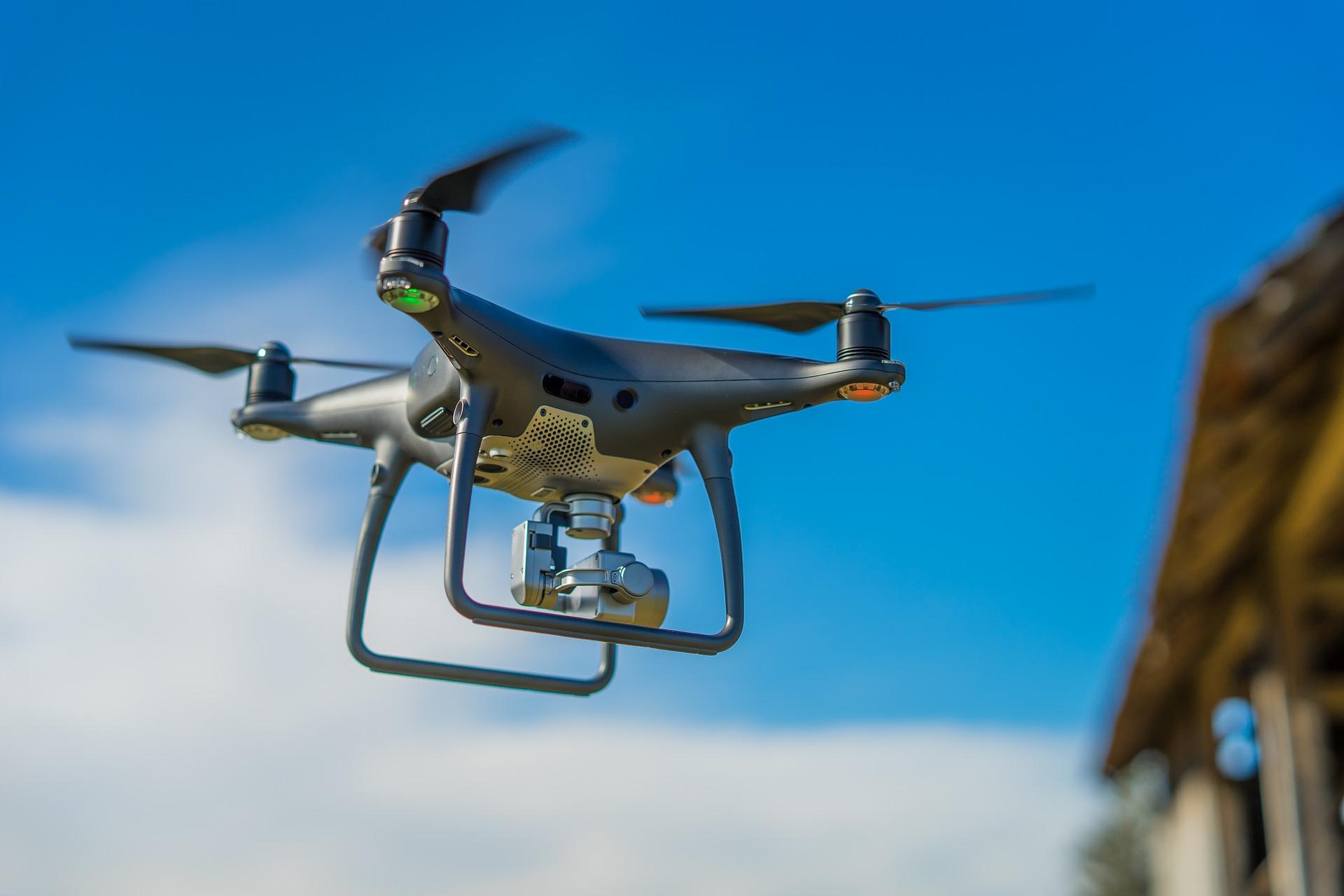 drone-3198327_1920